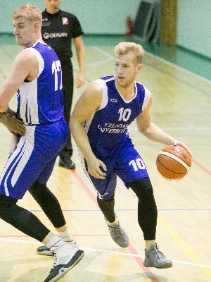 VU ekipą į saldžią pergalę atitempė  P.Leščinskas, privertęs net 28 taškus, bei atkovoję 9 kamuolius.